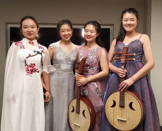 Chat on Chinese Music – On the World Stage